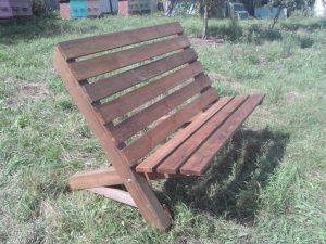 Садовая мебель из дерева: садовая скамейка