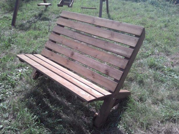 Садовая мебель из дерева: Скамья из массива