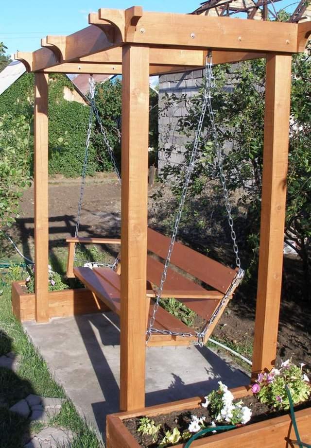 Уличные садовые качели
