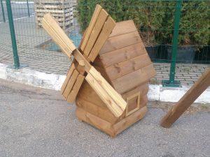 малые архитектурные формы: декоративная мельница