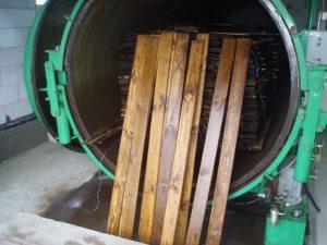 Промышленная пропитка древесины